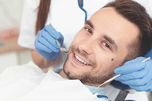 زمان ایمپلنت بعد از کشیدن دندان