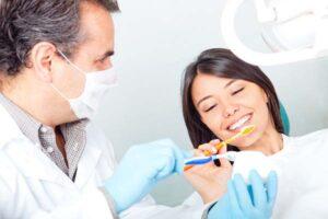 مراقبت کردن از ایمپلنت های دندان